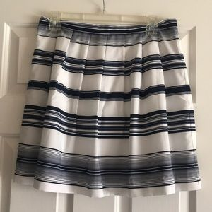 Vince Camuto Stunning Skirt